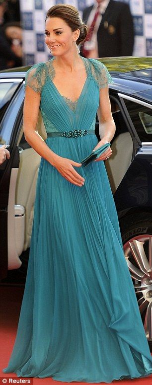 kate-middleton-vestido-lindo-3