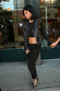 NEW YORK, NY - AUGUST 28: Kylie Jenner is seen on August 28, 2014 in New York City. (Photo by Ignat/Bauer-Griffin/GC Images)