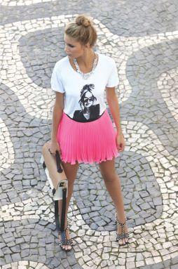 saia-pink